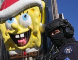纽约感恩节大游行加强安保