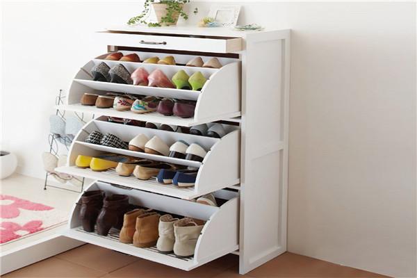 小小的鞋柜却有大大的作用