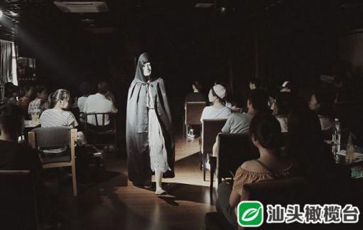 """那天零时,一个电话组建了一个""""零时剧团"""",如今他们实现了第一场进入正式剧场的演出"""