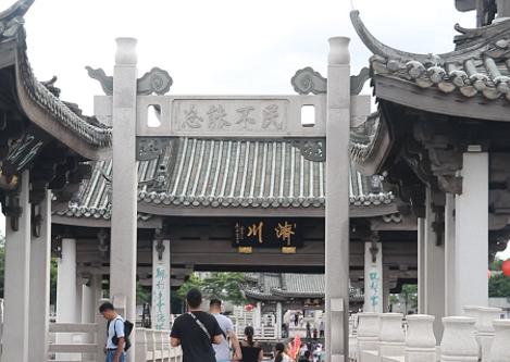 这位潮州知府生前捐5千金修广济桥,死后却差点没钱下葬