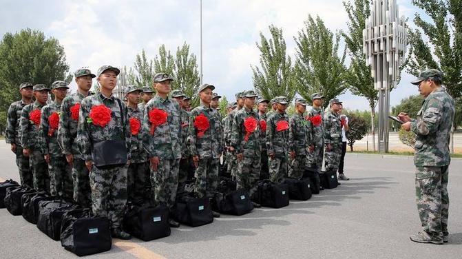 陆军全面推行新兵训练新模式 训练时间由3个月延长至6个月