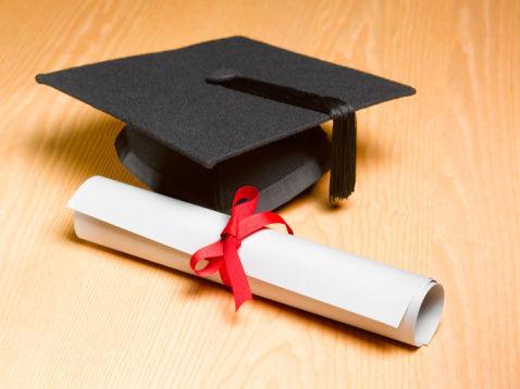指望延期毕业拿文凭的研究生们,该醒醒了